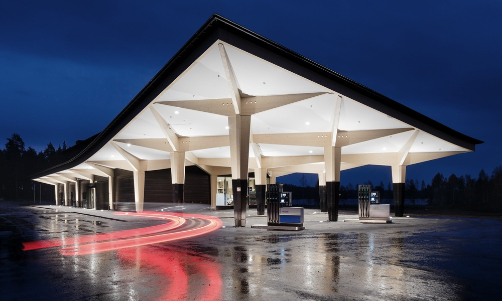 Guose insists on customer-centered gas station construction
